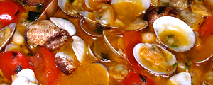 Clams and cherry tomatoes